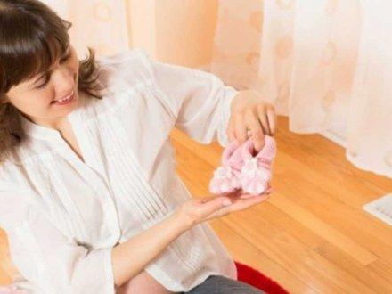 İlaçsız Tüp Bebek Kimlere Önerilir?